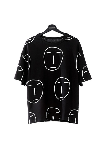 [LIMITED] POKER FACE ALL OVER T-SHIRT (BLACK)