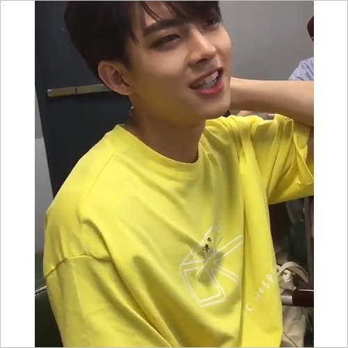 [PRESS] SUNGLASS T-SHIRT (YELLOW)